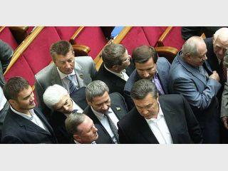 Как отрабатывают свой хлеб народные депутаты